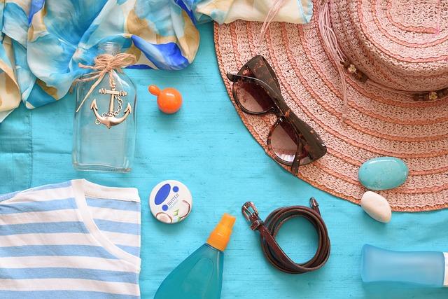 kosmetyki na podróż, co zabrać w podróż