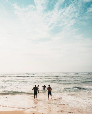 wakacje nad morzem, co zabrać ze sobą